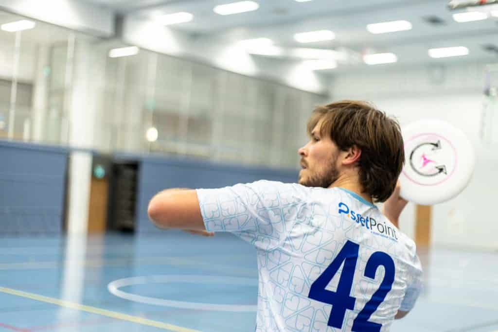 ERHe Ultimate's Ondra Brem with a frisbee
